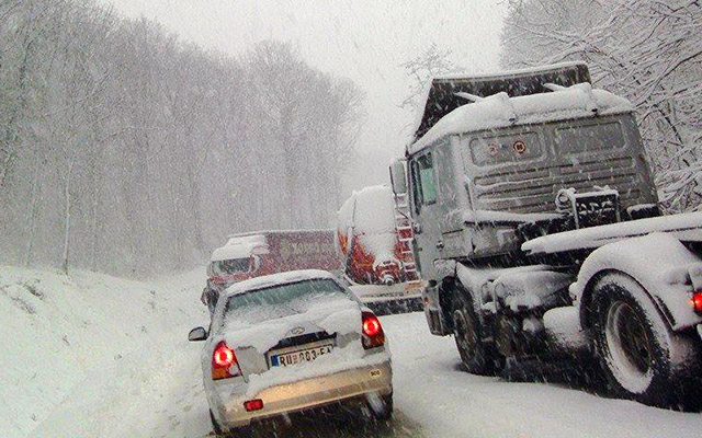 sneg-venac