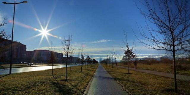 bulevar-evrope-novi-sad-vreme-ulice-staze-pesaci-pesacke-biciklisti-biciklisticke_660x3301