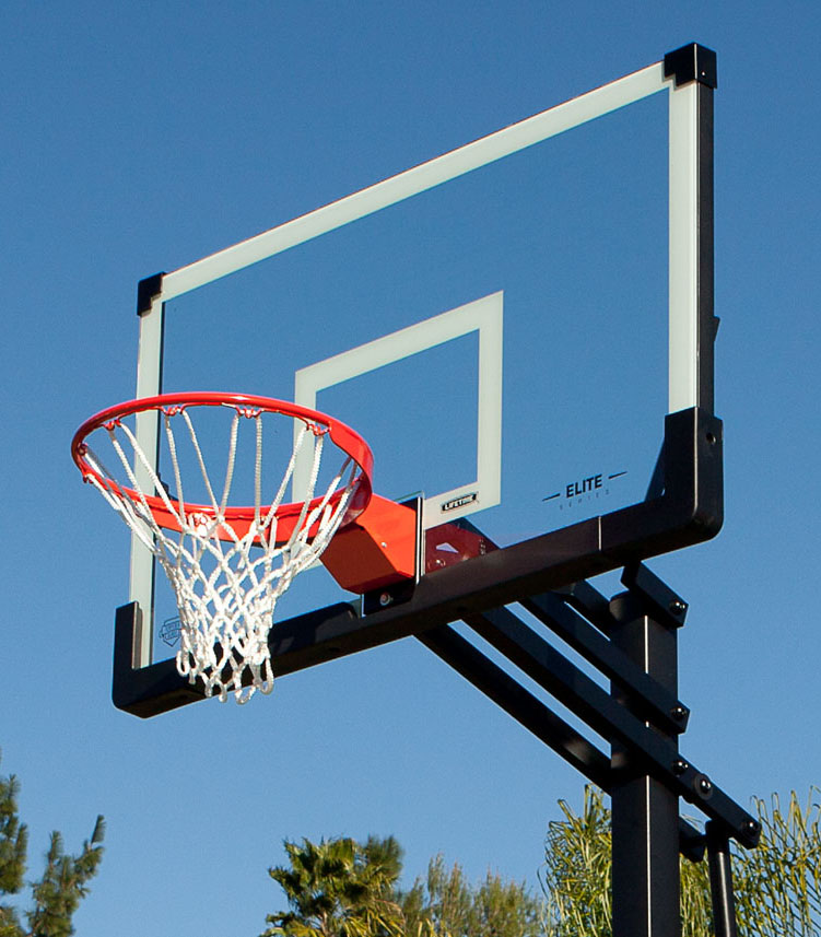 Lifetime_Basketball_Hoop
