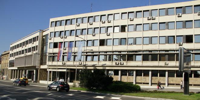 gradski-parlament-skupstina-grada-novog-sada-novi-sad-jpg_660x330