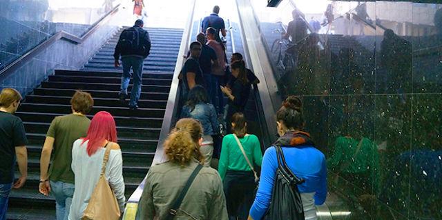 podzemni-prolaz-pothodnik-stepenice-rtv-aleksandar-korom-jpg