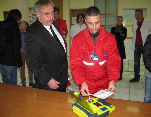 Defibrilator2