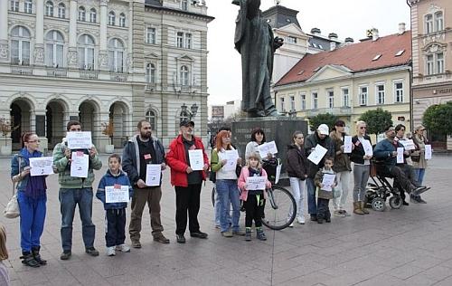 dva_minuta_tisine_protest