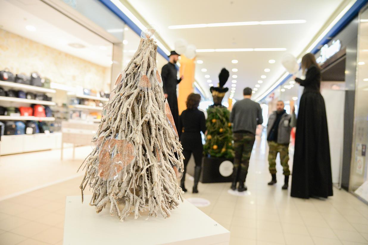 sfw designer xmas trees-5752