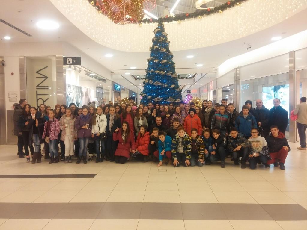 Deca sa Kosova Novi Sad  (1)