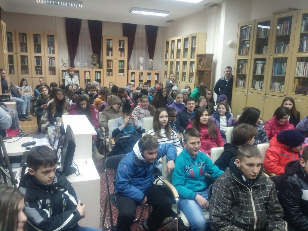 Deca sa Kosova Novi Sad  (2)
