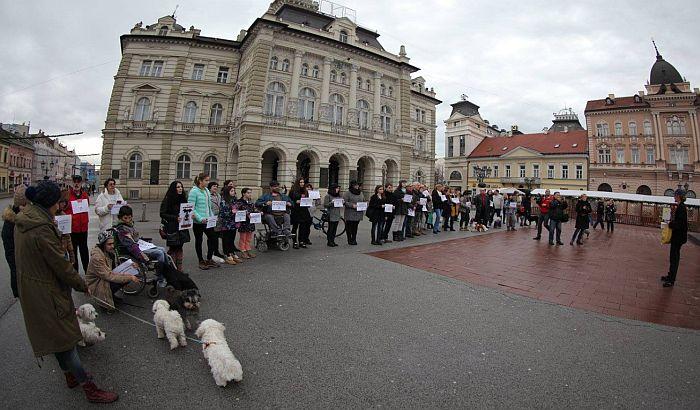 protest_protiv_petardi