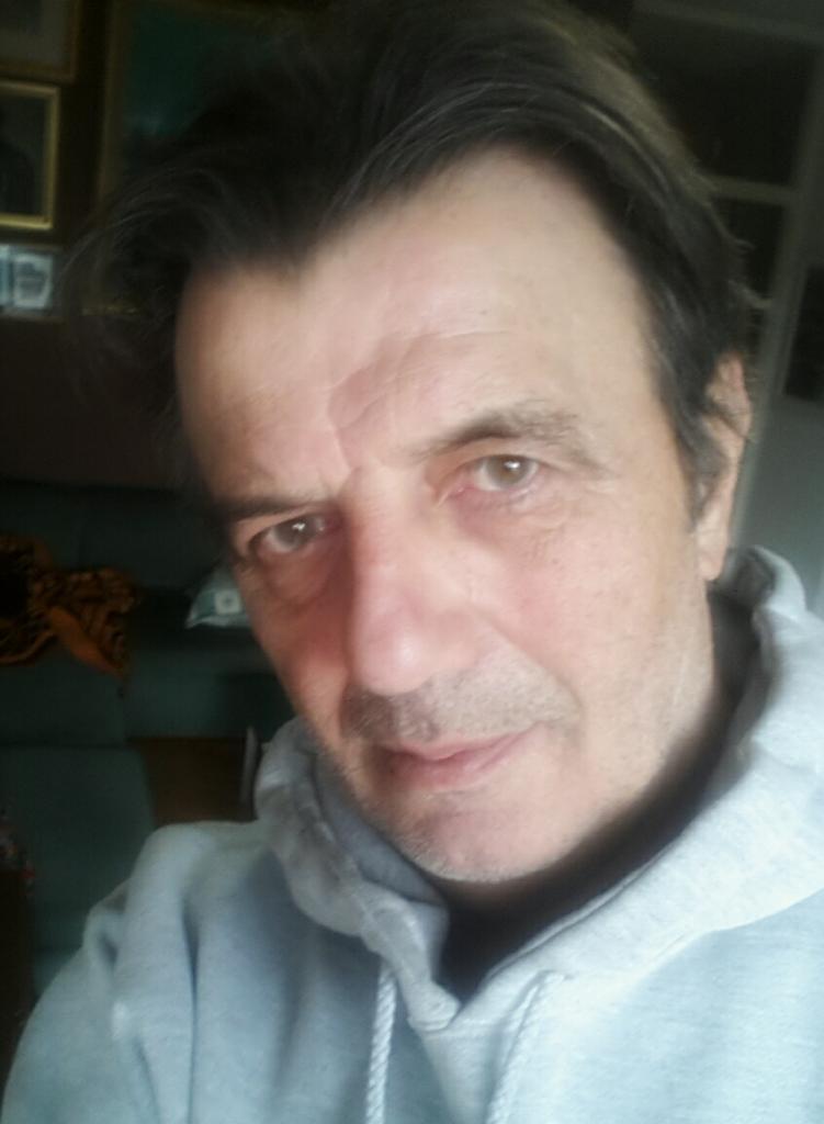 Dragutin Savić: Ljudima nedostaju balade koje je nekada pravio i nadam se da će nas ovaj vrsni muzičar i pesnik uskoro obradovati makar jednom pesmom