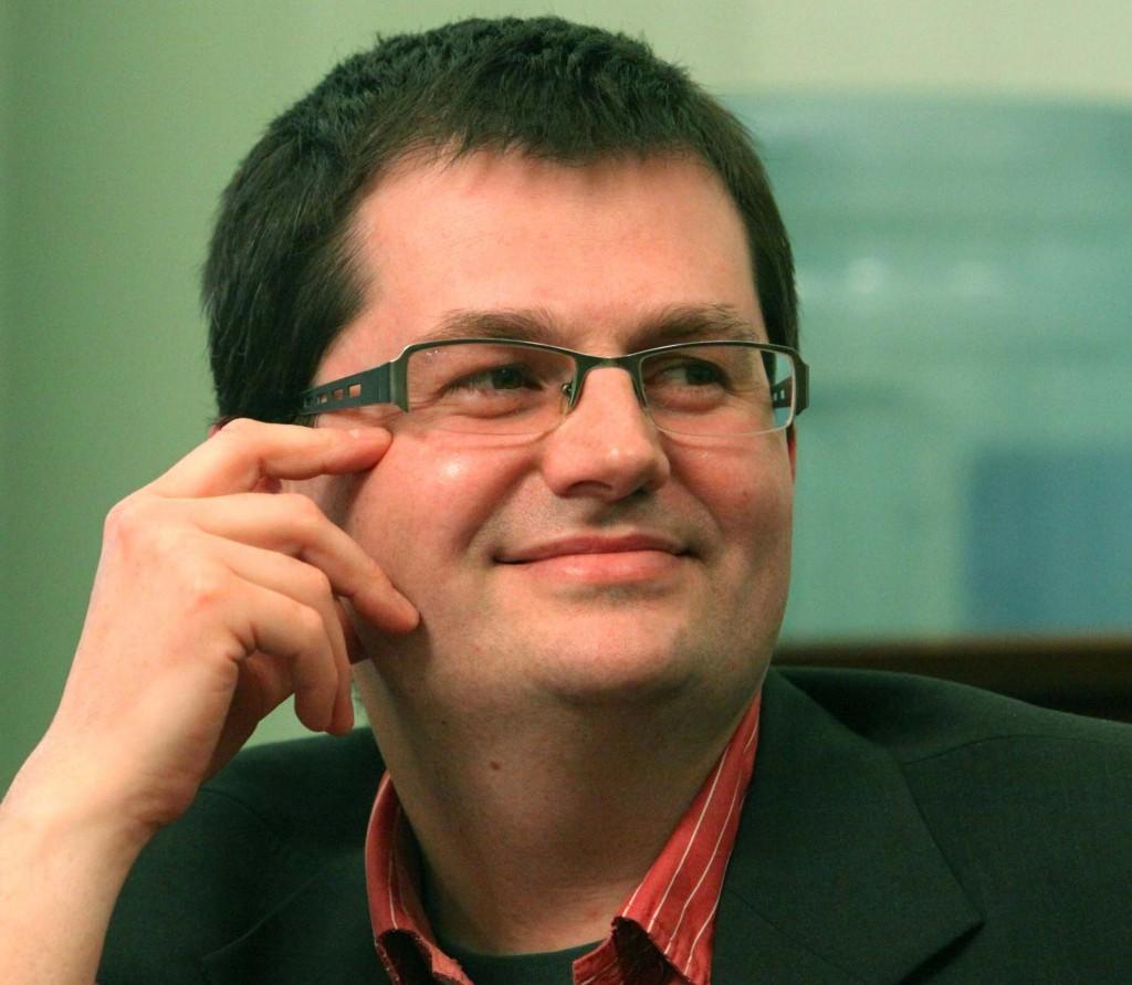 Miroslav Miki Radonjić: Kultura gurnuta na margine našeg društva i da nas svakodnevno kontaminiraju opskurni i degutantni sadržaji kojima su zatrpani masovni mediji