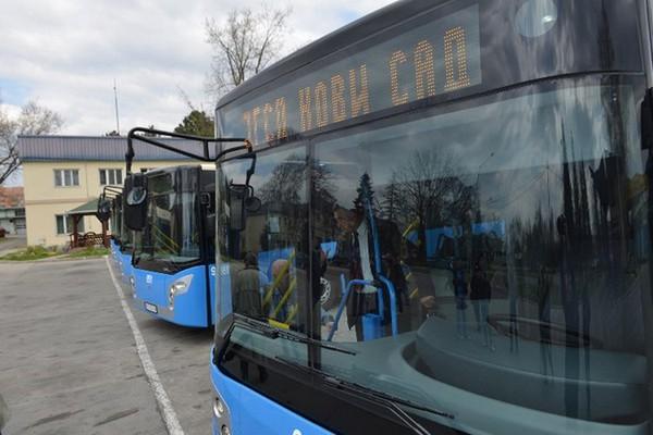 7645-autobus
