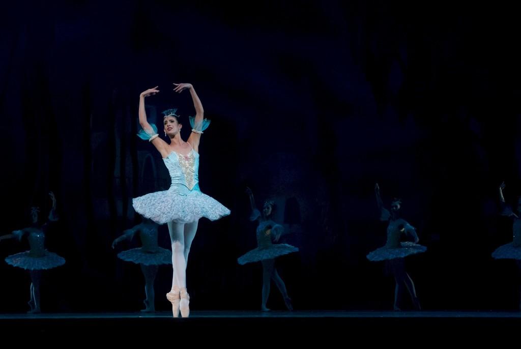 ballet-534357_1920
