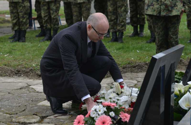 Milos Vucevic dan secanja na Nato zrtve (2)