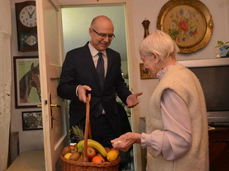 Milos Vucevic i najstarija Novosadjanka (1)