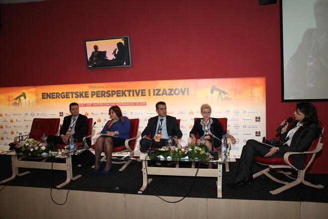 """Dr Sanja Filipović bila je moderator panela """"Električna energija u regionu Teslinih naslednika"""""""