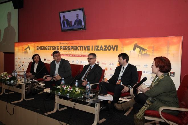 """Panel 1: """"Putevi i stranputice nafte u 2016"""""""