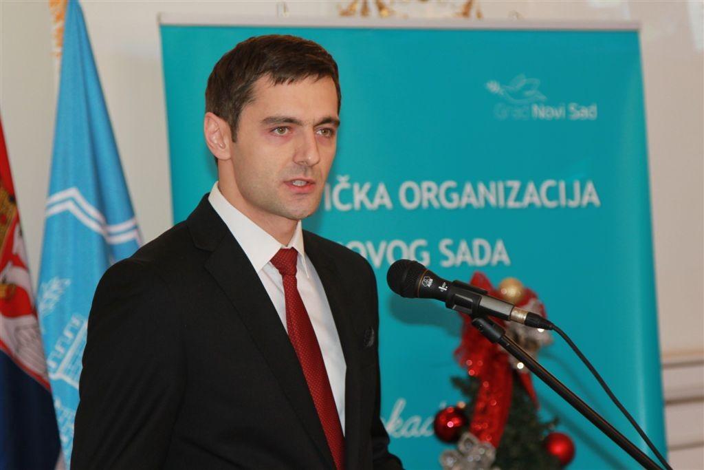 Branislav Knezevic  (2)