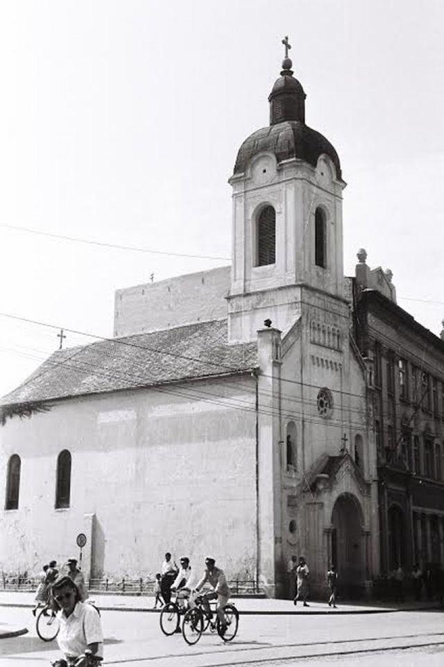 Jermenska crkva u Novom Sadu, pre rušenja