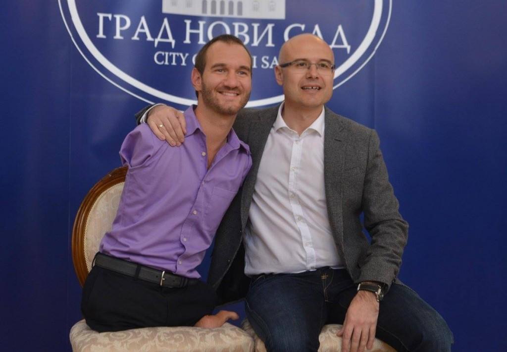 Milos Vucevic i Nik Vujicic  (4)