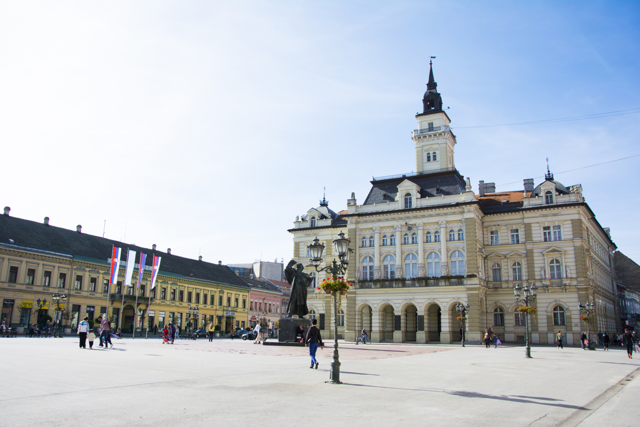 ThinkstockPhotos-Novi Sad (1)