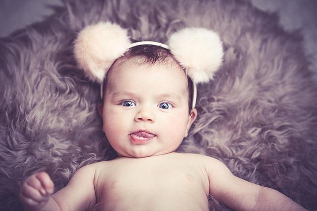 baby-1232248_640