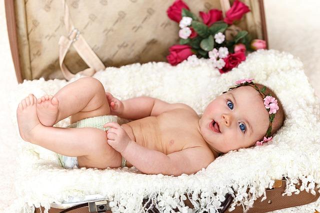 baby-1262816_640