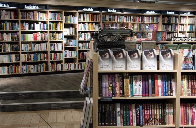 knjige-pixabay.com_