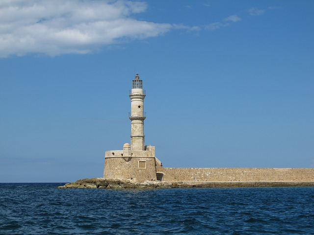lighthouse-966047_640