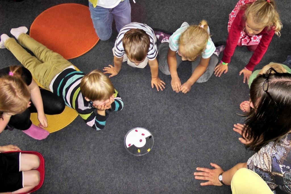 kindergarten-504672_1280-1024x682