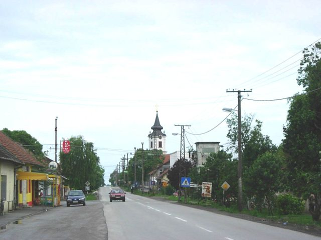 Rumenka,_main_street_and_Orthodox_church (1)