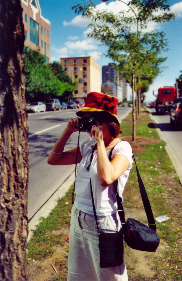 the-tourist-1479443-639x985