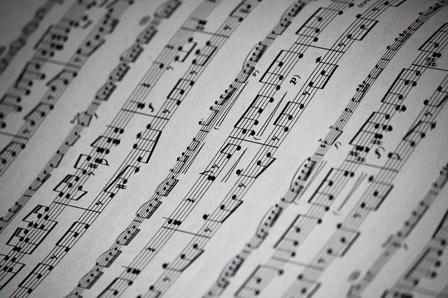 music-sheet-1327003_640