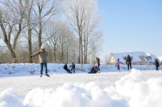 snow-1551741_640