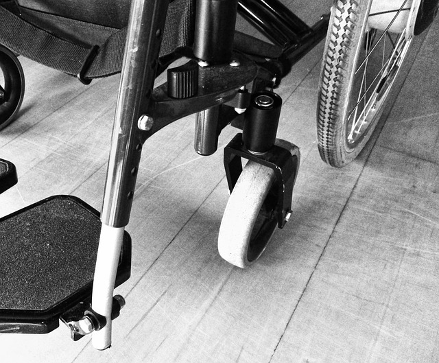 wheelchair-1589476_640